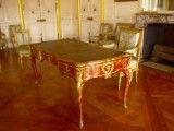 Table and chair with feeling of luxury